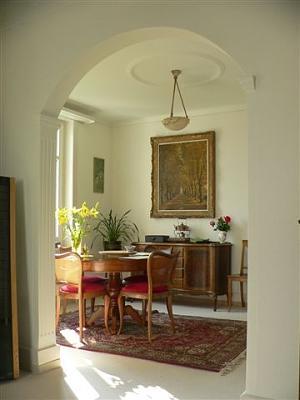 luxury-5-room-apartment-k-snacht-sublet-1-year-minimum-dining-room.jpg