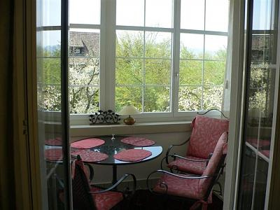 luxury-5-room-apartment-k-snacht-sublet-1-year-minimum-winter-garden-spring-small.jpg