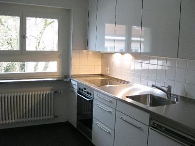 zurich-kreis-7-modern-bright-centrally-located-flat-4-rooms-100-qm-k-che.jpg