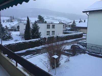 loads-snow-take-care-off-piste-image.jpg
