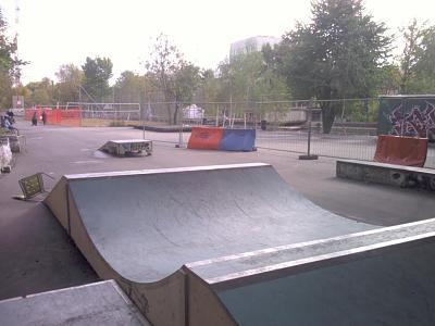 skateboard-partner-319114_293276820683234_100000027557545_1213243_1402129118_n.jpg