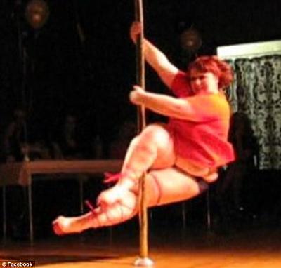 non-eu-efta-cabaret-dancers-permits-scrapped-big-dancer.jpg