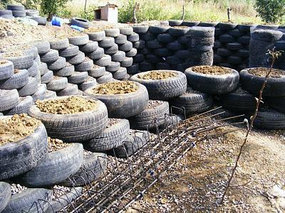 cheap-tyres-hotel-near-zurich-tire-wall.jpg