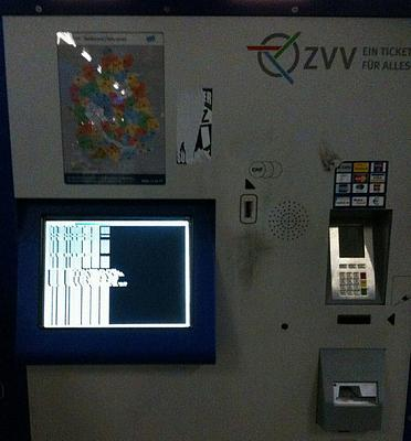 buying-tickets-coins-notes-z-rich-trams-zvv.jpg