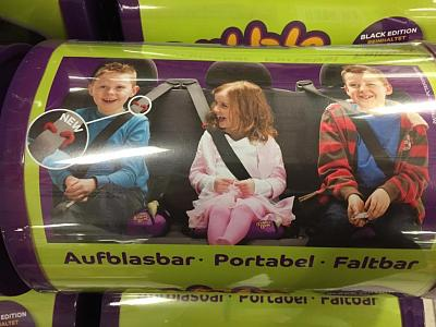 inflatable-bubble-bum-car-booster-seat-carseat-004.jpg