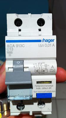 powerline-networking-adapters-give-me-skinny-how-they-really-powerline-thermal-magnetic.jpg